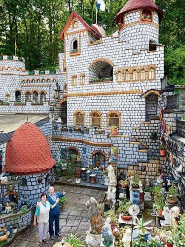 舍内沃尔夫夫妇耗时37年在自家后花园内打造的梦幻