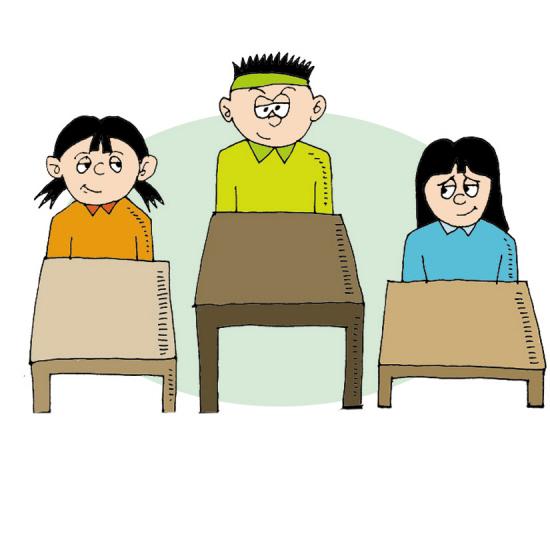 教室内将配置1-3种型号的课桌椅.