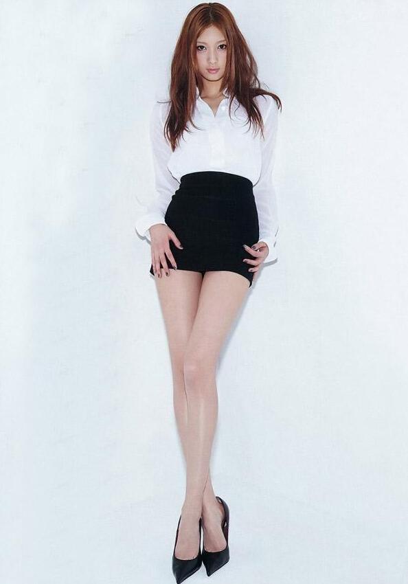 日本长腿模特写真