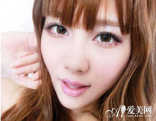 可爱芭比大眼妆画法 甜美指数up!up!up!
