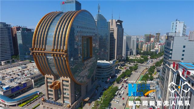 """听,建筑在诉说丨航拍城市中的""""大铜钱""""——沈阳方圆大厦"""