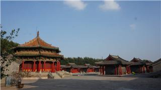 沈阳故宫展出145幅精美明清扇面