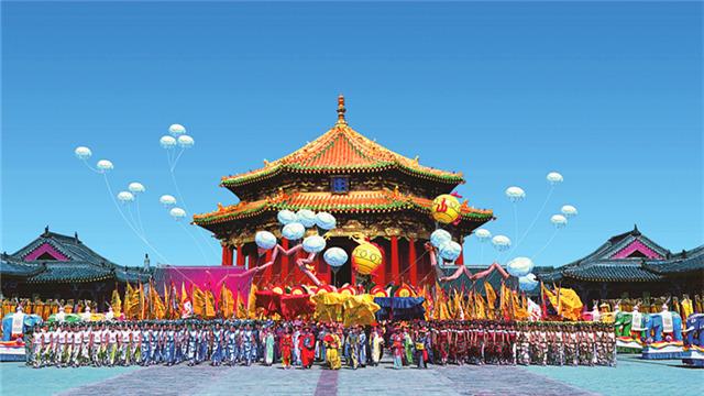 沈陽故宮觀眾票(piao)選出(chu)百姓(xing)最喜(xi)愛的三(san)件文物