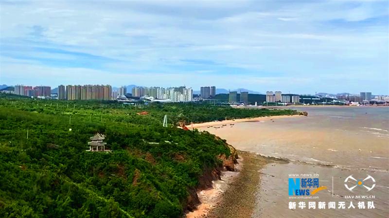 """【飛""""閱""""中國】依山傍海的天然觀海點——龍回頭"""
