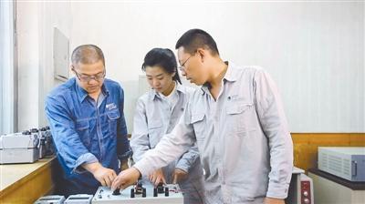戚革慶:樂在一線當工人的高級工程師