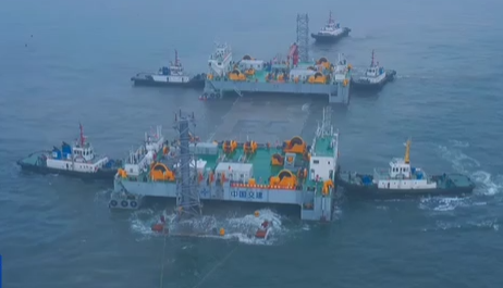 大連灣海底隧道全線最深管節E5安裝成功