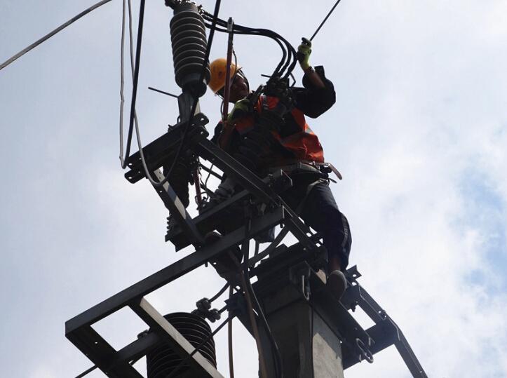 集中力量开展接触网隔离开
